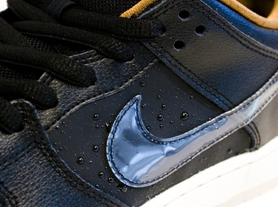 more photos 540a2 0f1d1 ... Nike SB Dunk Low Black Rain Another Look ...