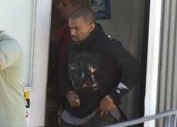 Celebrity Sneaker Watch: Kanye West Takes Flight in Nike Free Inneva Woven