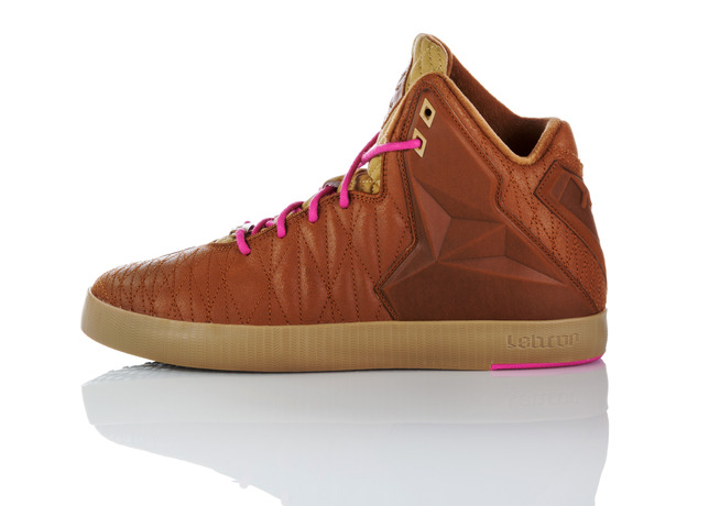 footwear-fit-for-a-king-nike-lebron-11-lifestyle-16