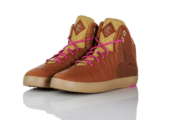 footwear-fit-for-a-king-nike-lebron-11-lifestyle-17