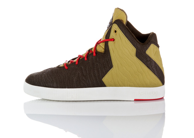 footwear-fit-for-a-king-nike-lebron-11-lifestyle-5