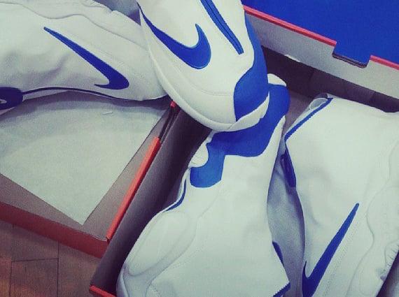 Gary Payton Jr. Shows off Nike Air Flight The Glove PE