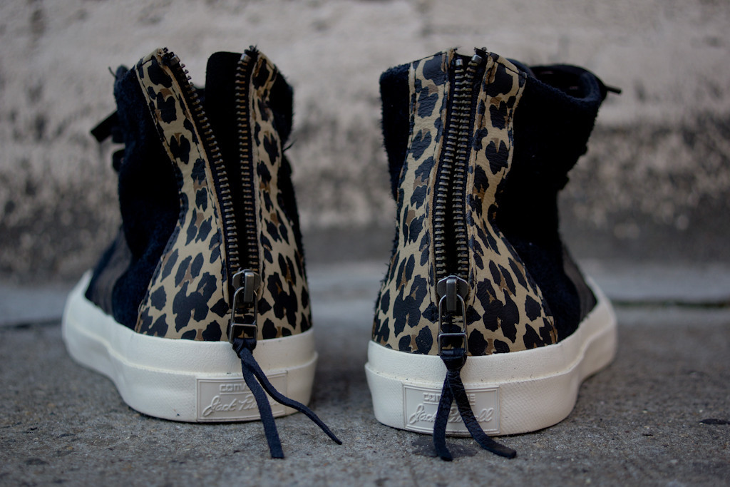 invincible-converse-first-string-jack-purcell-johnny-black-leopard-6