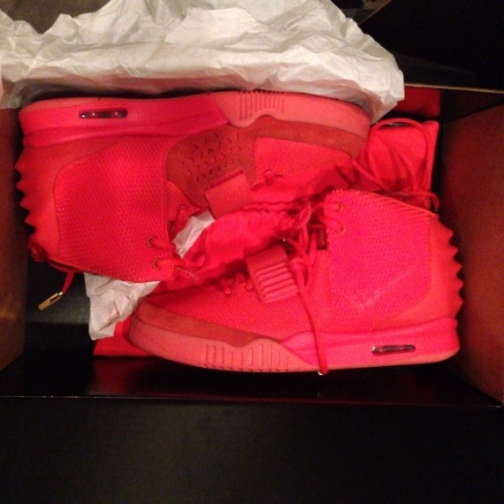 Kim Kardashian Shows off Nike Air Yeezy 2 Red October