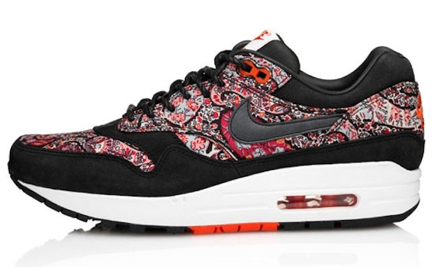 liberty-nike-wmns-bourton-collection-2
