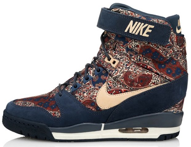 liberty-nike-wmns-bourton-collection-3
