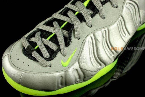 nike-air-foamposite-one-metallic-silver-neon-lime-black-new-images-6