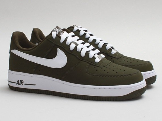 nike-air-force-1-low-dark-loden-white-release-date-info-1