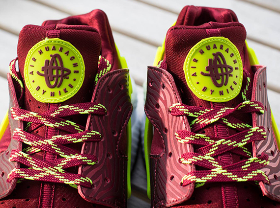 Nike Air Huarache Team Red Volt Now Available