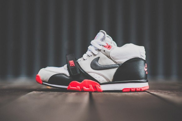 Nike Air Trainer 1 Infrared Now Available