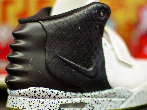 Nike Air Yeezy 2 Oreo Customs by El Cappy