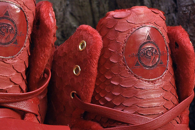 nike-air-yeezy-red-october-custom-3
