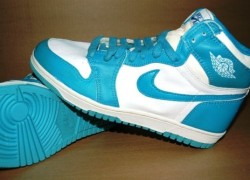 Nike Jordan 1 UNC Blue Sample – Available on eBay