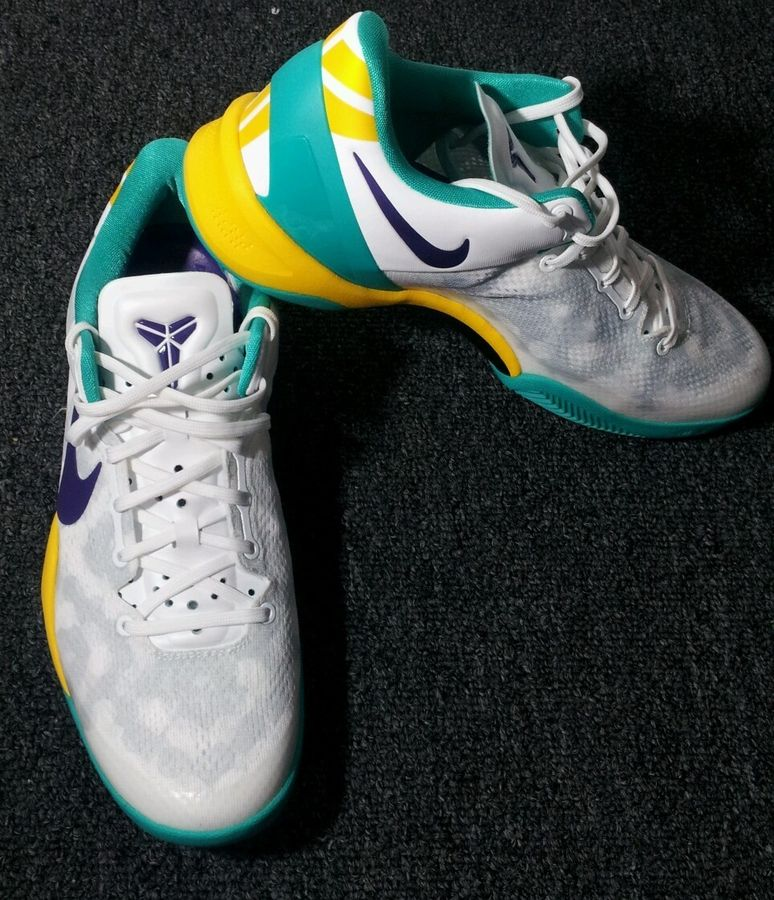 nike-kobe-viii-8-system-summit-white-teal-yelow-purple-2