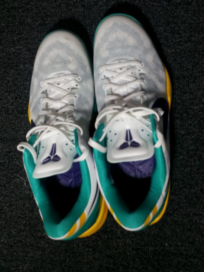 nike-kobe-viii-8-system-summit-white-teal-yelow-purple-4