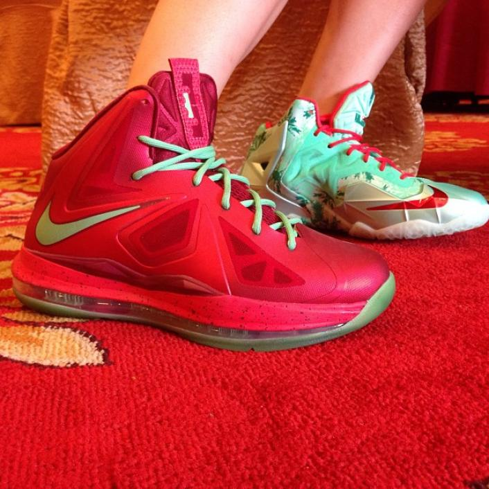 nike-lebron-xi-11-christmas-new-images-5