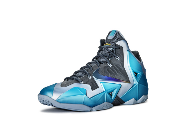 nike-lebron-xi-11-gamma-blue-officially-unveiled-3
