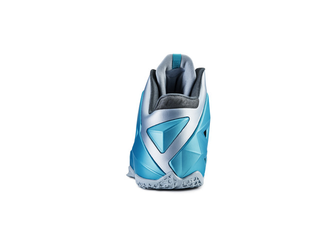 nike-lebron-xi-11-gamma-blue-officially-unveiled-8