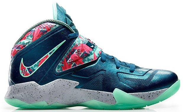 10a01809a51a Nike LeBron Zoom Soldier VII (7)  The Power Couple