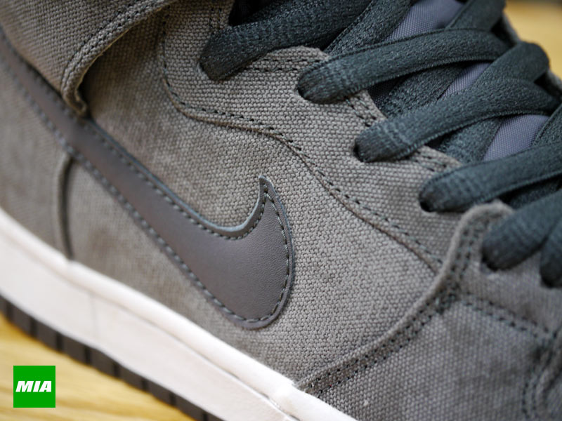 Nike SB Dunk High Pro Stained Canvas