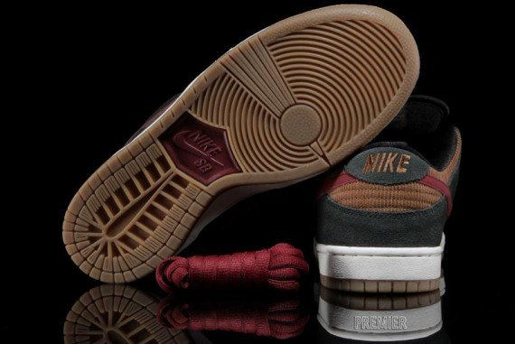"Nike SB Dunk Low ""Corduroy"" - Now Available  57503f09f2dc"