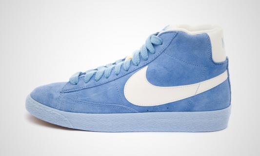 nike-wmns-blazer-mid-vntg-arctic-blue-white-2