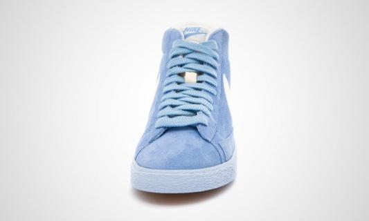nike-wmns-blazer-mid-vntg-arctic-blue-white-4