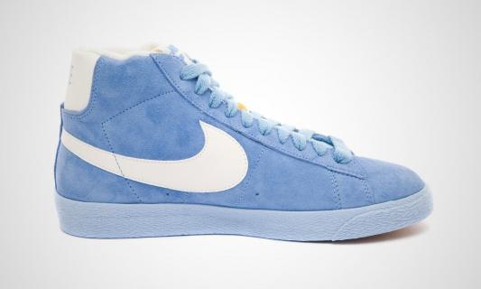 nike-wmns-blazer-mid-vntg-arctic-blue-white-6
