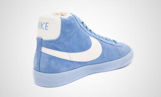 nike-wmns-blazer-mid-vntg-arctic-blue-white-7