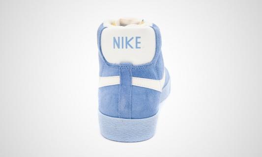 nike-wmns-blazer-mid-vntg-arctic-blue-white-8