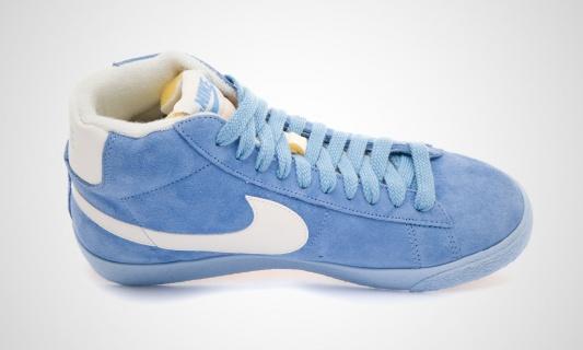 nike-wmns-blazer-mid-vntg-arctic-blue-white-9