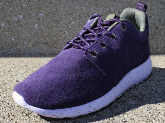 nike-wmns-roshe-run-suede-purple-dynasty