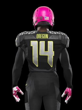 oregon-ducks-support-the-fight-against-breast-cancer-4