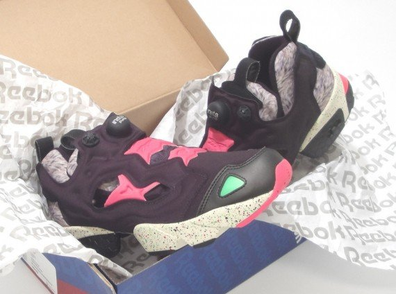 Reebok Insta Pump Fury Black Indian Magenta