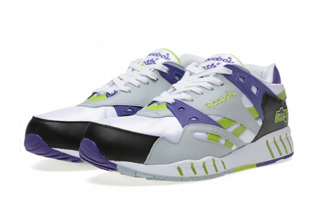 reebok-sole-trainer-white-seagull-charged-green-1