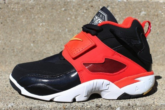 new product 9a06c 76351 release-reminder-nike-air-diamond-turf-black-orange-