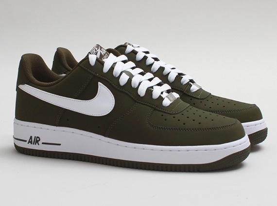 release-reminder-nike-air-force-1-low-dark-loden-white