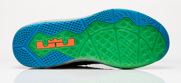 release-reminder-nike-lebron-x-low-reptile-4