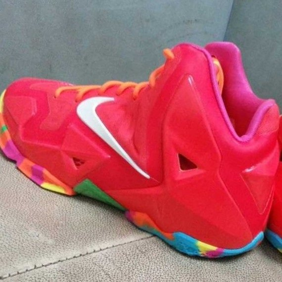 "Nike Lebron 11 GS ""Fruity Pebbles"""