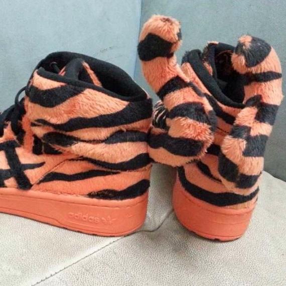 "adidas Originals Jeremy Scott ""Tiger"" - First Look"