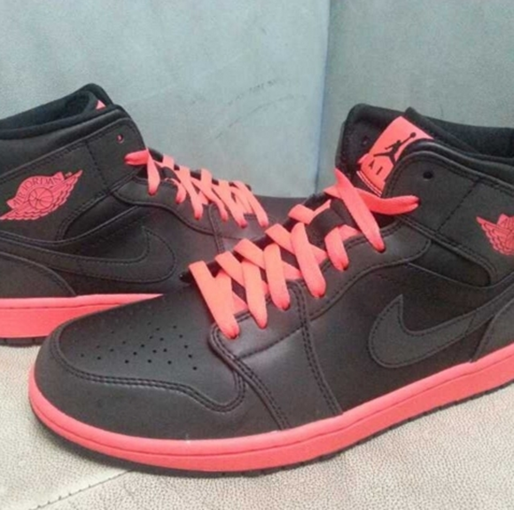 Jordan 1 BlackInfared