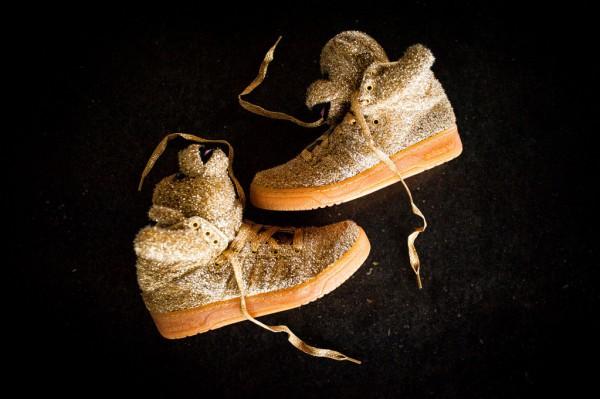 adidas-originals-jeremy-scott-js-bear-gold-available-now-4