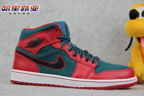 air-jordan-1-mid-gym-red-black-dark-sea-2