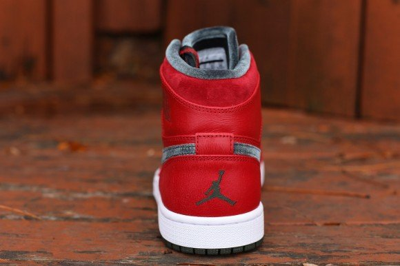 air-jordan-1-retro-hi-premier-varsity-red-dark-army-white-hitting-retailers-3