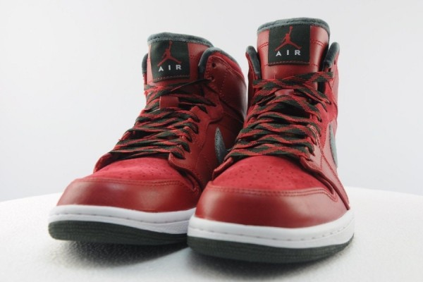 air-jordan-1-retro-hi-premier-varsity-red-dark-army-white-release-date-info-5