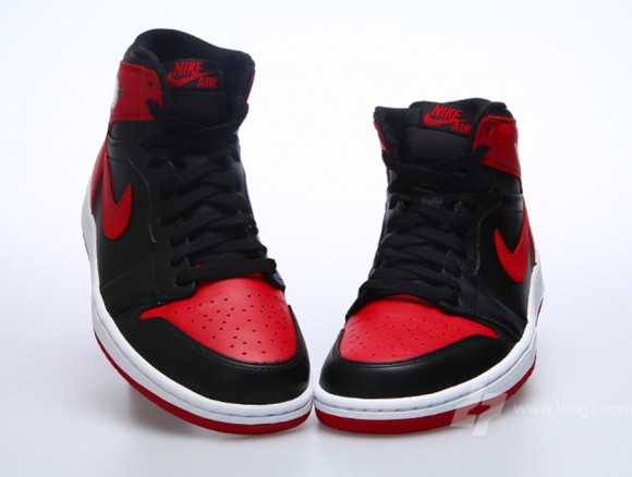 896d1703730909 Air Jordan 1 Retro High OG
