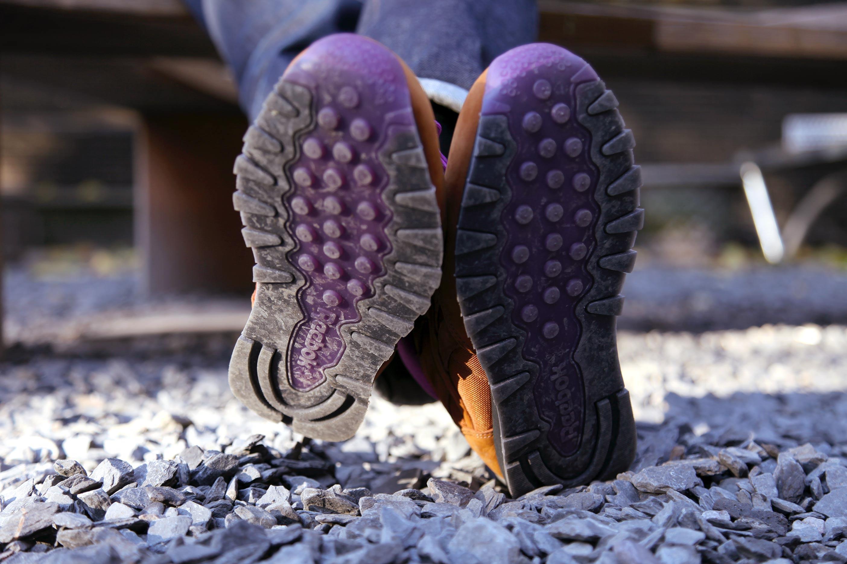 foot-patrol-reebok-classic-leather-mid-on-the-rocks-7