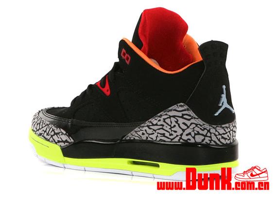Jordan Son of Mars Low GS Black Volt Orange