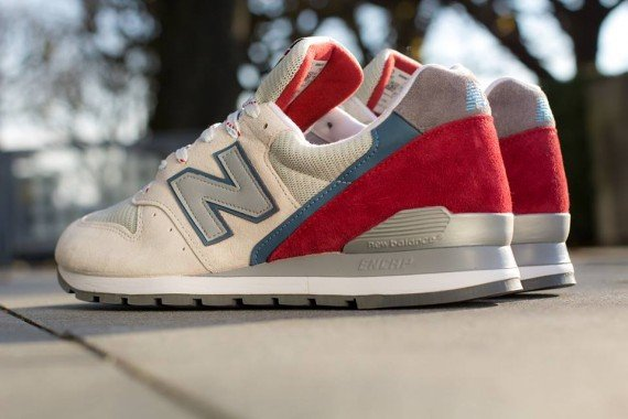 New Balance 996 Beige Red Blue