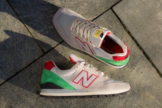New Balance 996 Grey Red Green